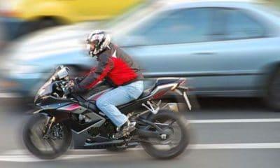 motocicleta motociclist