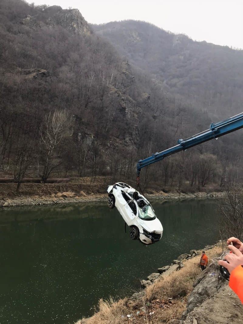 masina scoasa din olt