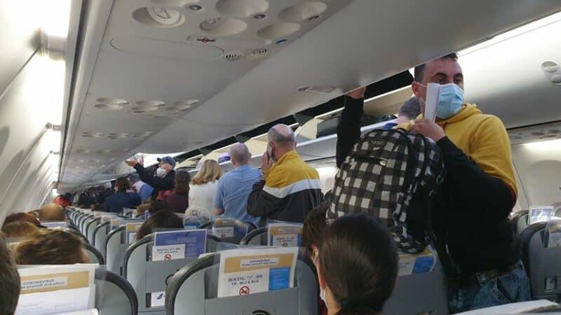 avion cursa charter repatriati